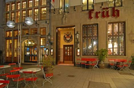 Cervecería Früh am Dom en Colonia.